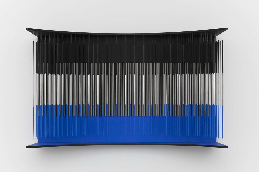 Jesús Rafael Soto Muro azul negro y plata 1966