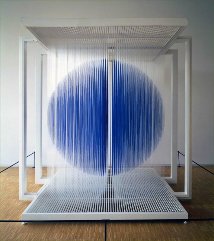 Soto Sphère bleue de Paris 2000